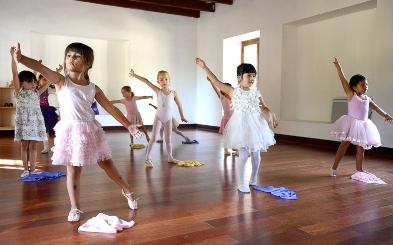 Ballet para niños y niñas de 4 a 8 años